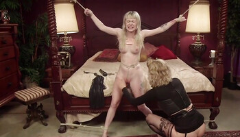 Teen blonde loves getting spanked and tied up